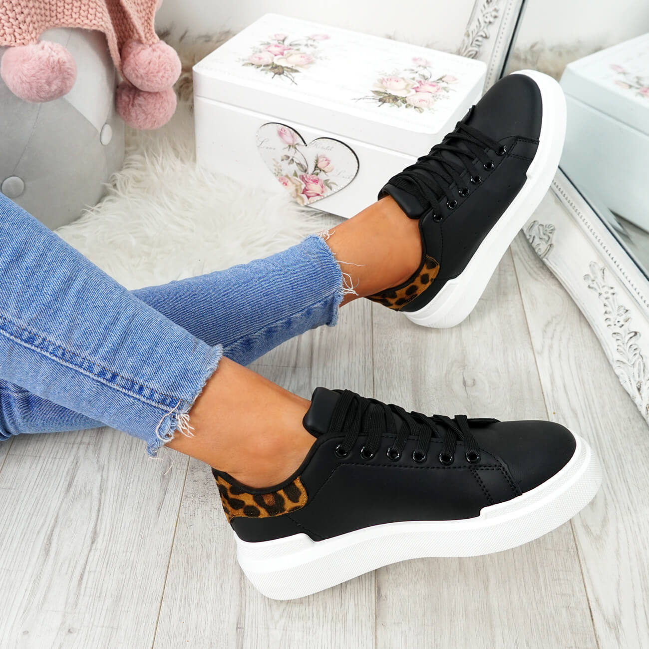 WOMENS-LADIES-LACE-UP-PLIMSOLL-SNEAKERS-CROC-SNAKE-TRAINERS-CASUAL-SHOES-SIZE thumbnail 9
