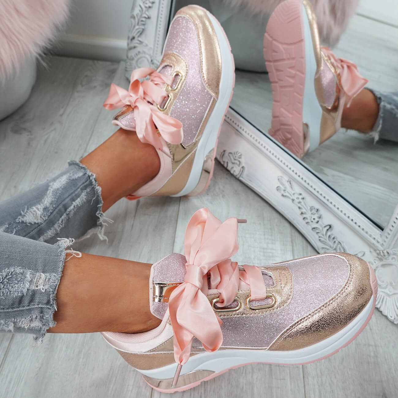 WOMENS-LADIES-RIBBON-TRAINERS-GLITTER-SPARKLE-SNEAKERS-RUNNING-FASHION-SHOES thumbnail 15