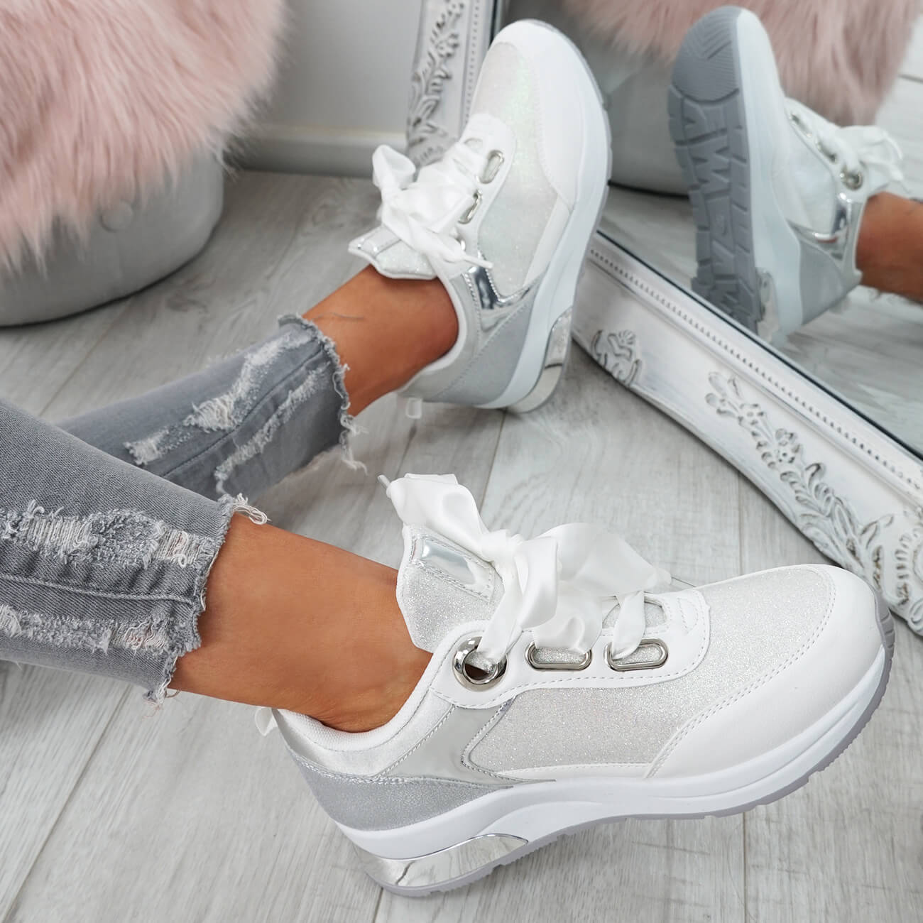WOMENS-LADIES-RIBBON-TRAINERS-GLITTER-SPARKLE-SNEAKERS-RUNNING-FASHION-SHOES thumbnail 20