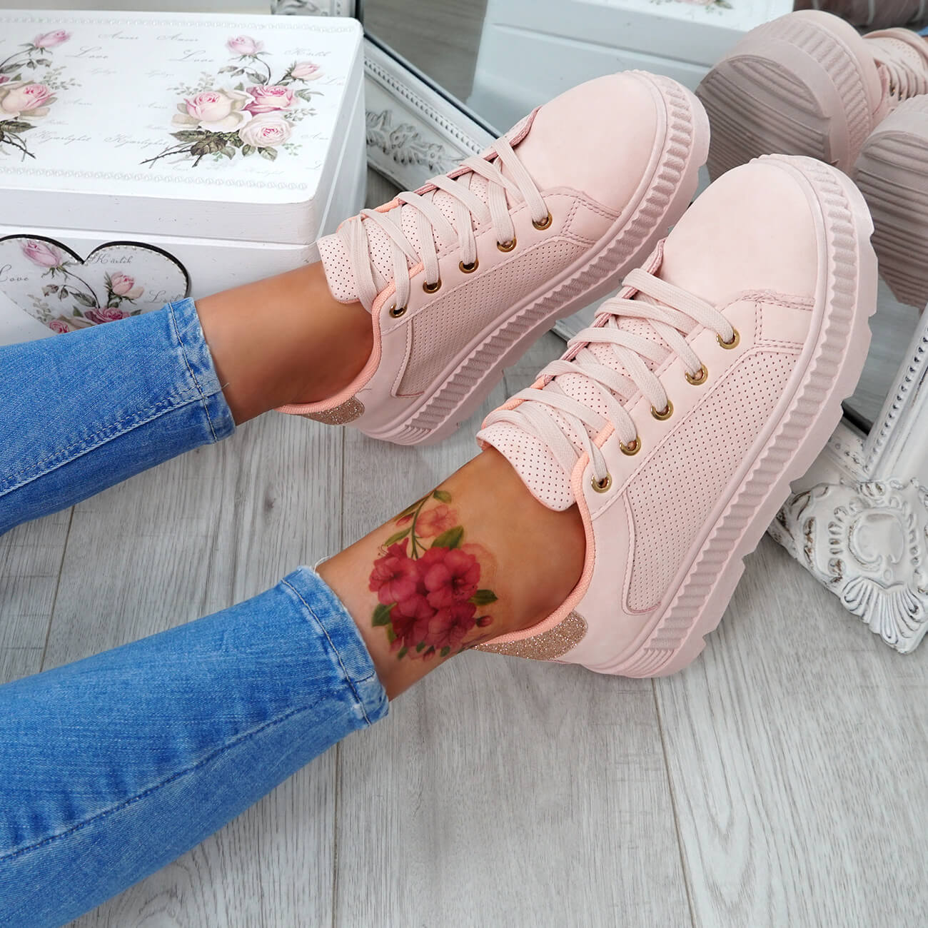WOMENS-LADIES-PLATFORM-TRAINERS-LACE-UP-GLITTER-SNEAKERS-SHOES-SIZE-UK thumbnail 18