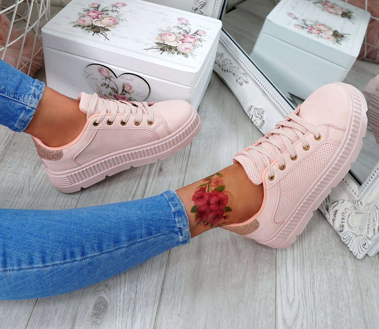 WOMENS-LADIES-PLATFORM-TRAINERS-LACE-UP-GLITTER-SNEAKERS-SHOES-SIZE-UK thumbnail 19