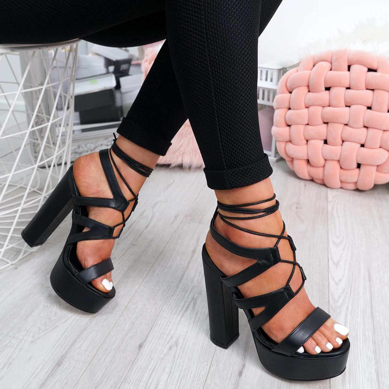 Ladies-Cross-Lace-High-Block-Heel-Sandals-Womens-Platforms-Peep-Toe-Shoes-Size thumbnail 4