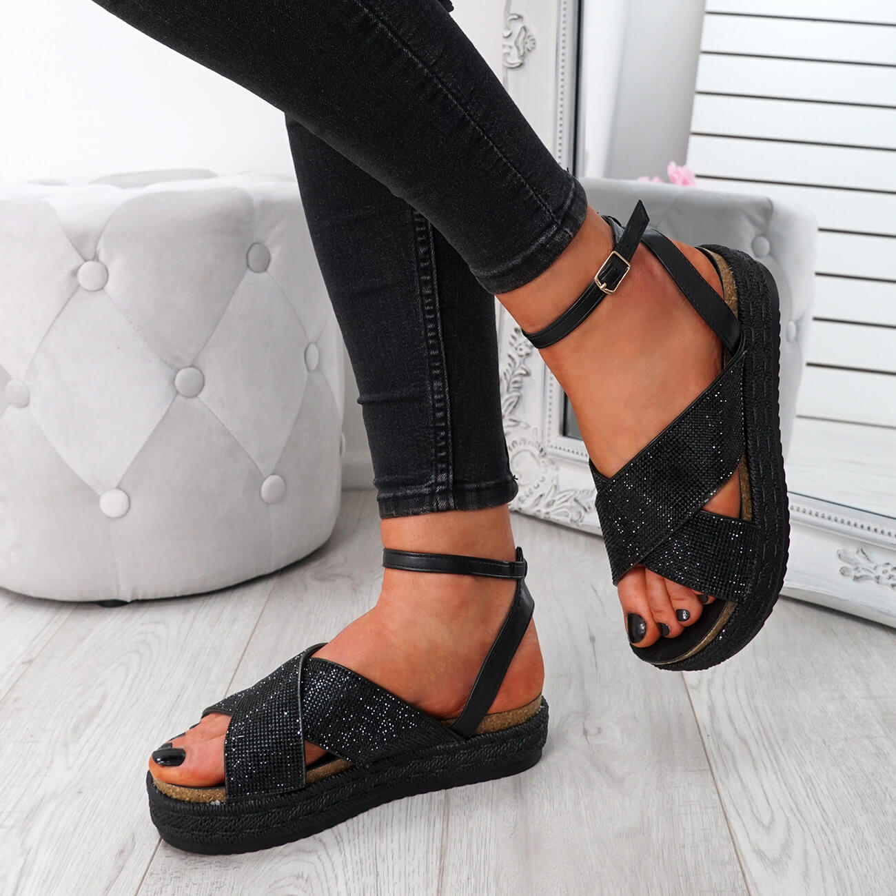 WOMENS-LADIES-ANKLE-STRAP-PEEP-TOE-STUDDED-LOW-HEEL-SANDALS-SHOES-SIZE-UK thumbnail 8