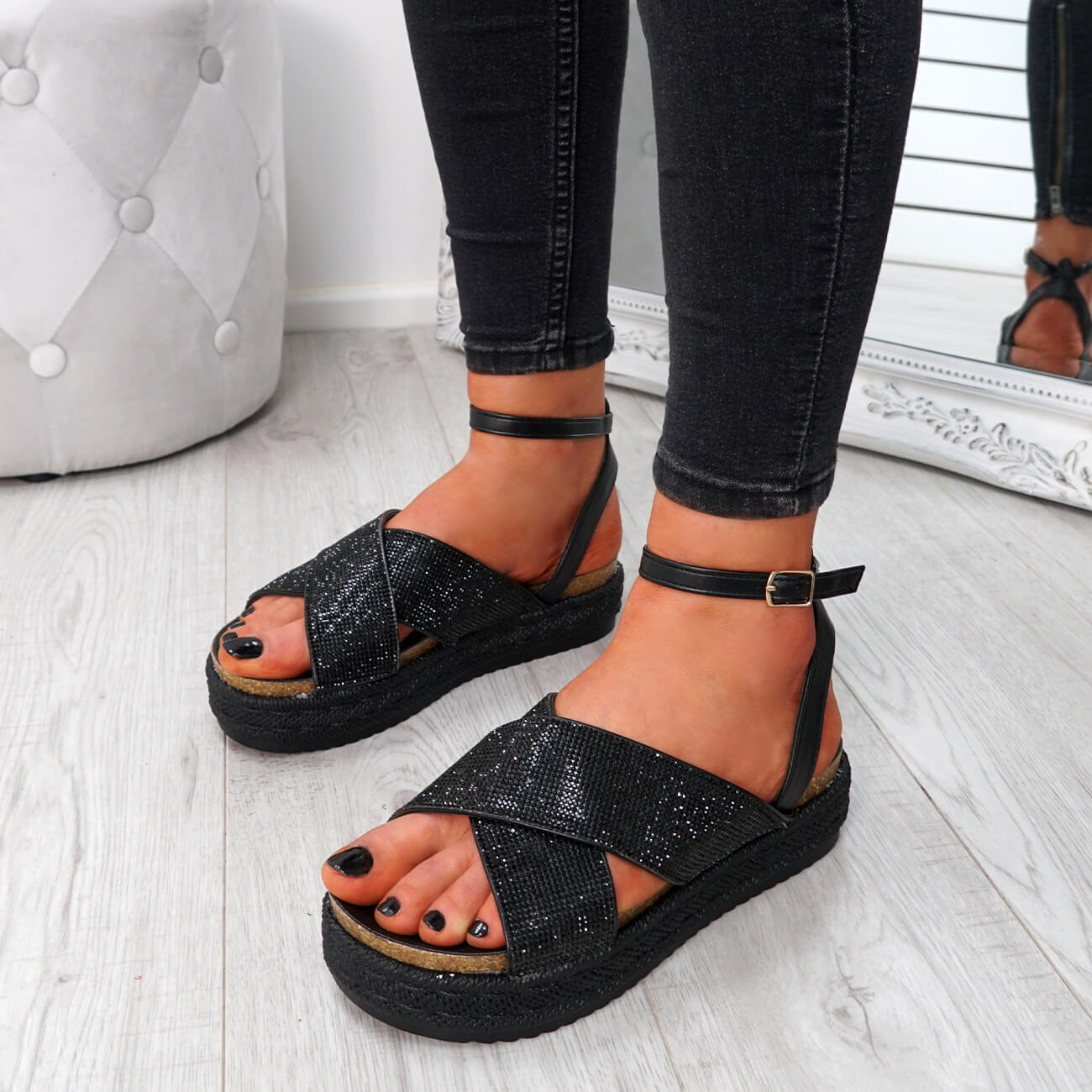WOMENS-LADIES-ANKLE-STRAP-PEEP-TOE-STUDDED-LOW-HEEL-SANDALS-SHOES-SIZE-UK thumbnail 9