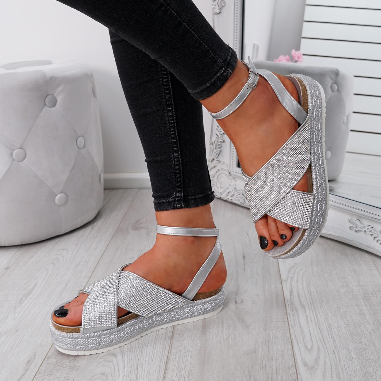 WOMENS-LADIES-ANKLE-STRAP-PEEP-TOE-STUDDED-LOW-HEEL-SANDALS-SHOES-SIZE-UK thumbnail 19