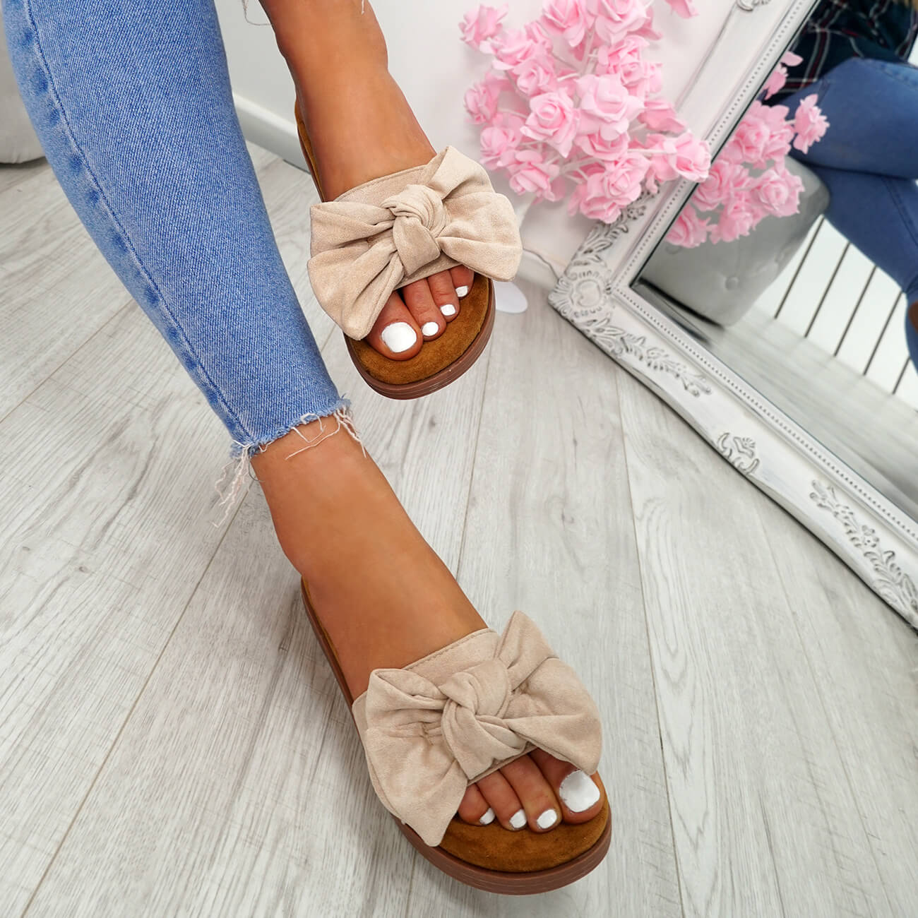 WOMENS-LADIES-FLAT-SANDALS-FRONT-BOW-COMFY-SUMMER-CASUAL-HOLIDAY-SHOES-SIZE-UK thumbnail 8