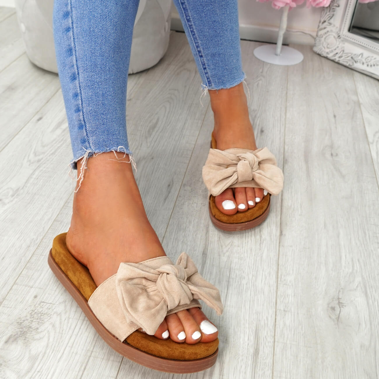 WOMENS-LADIES-FLAT-SANDALS-FRONT-BOW-COMFY-SUMMER-CASUAL-HOLIDAY-SHOES-SIZE-UK thumbnail 9