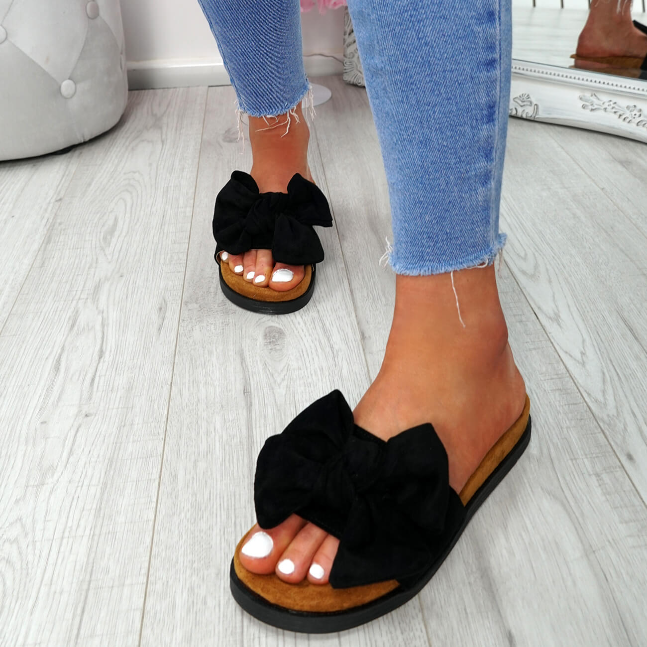 WOMENS-LADIES-FLAT-SANDALS-FRONT-BOW-COMFY-SUMMER-CASUAL-HOLIDAY-SHOES-SIZE-UK thumbnail 15