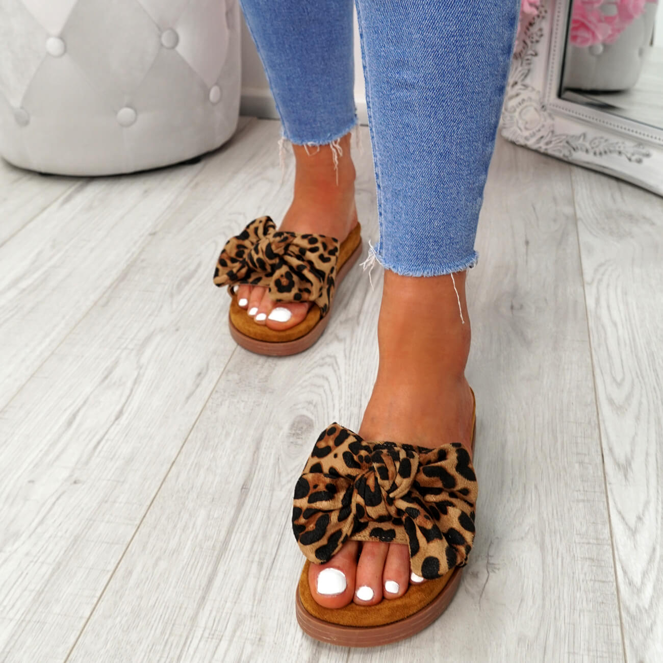 WOMENS-LADIES-FLAT-SANDALS-FRONT-BOW-COMFY-SUMMER-CASUAL-HOLIDAY-SHOES-SIZE-UK thumbnail 22