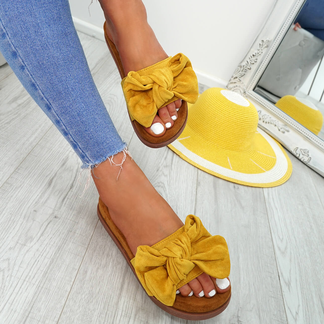 WOMENS-LADIES-FLAT-SANDALS-FRONT-BOW-COMFY-SUMMER-CASUAL-HOLIDAY-SHOES-SIZE-UK thumbnail 29