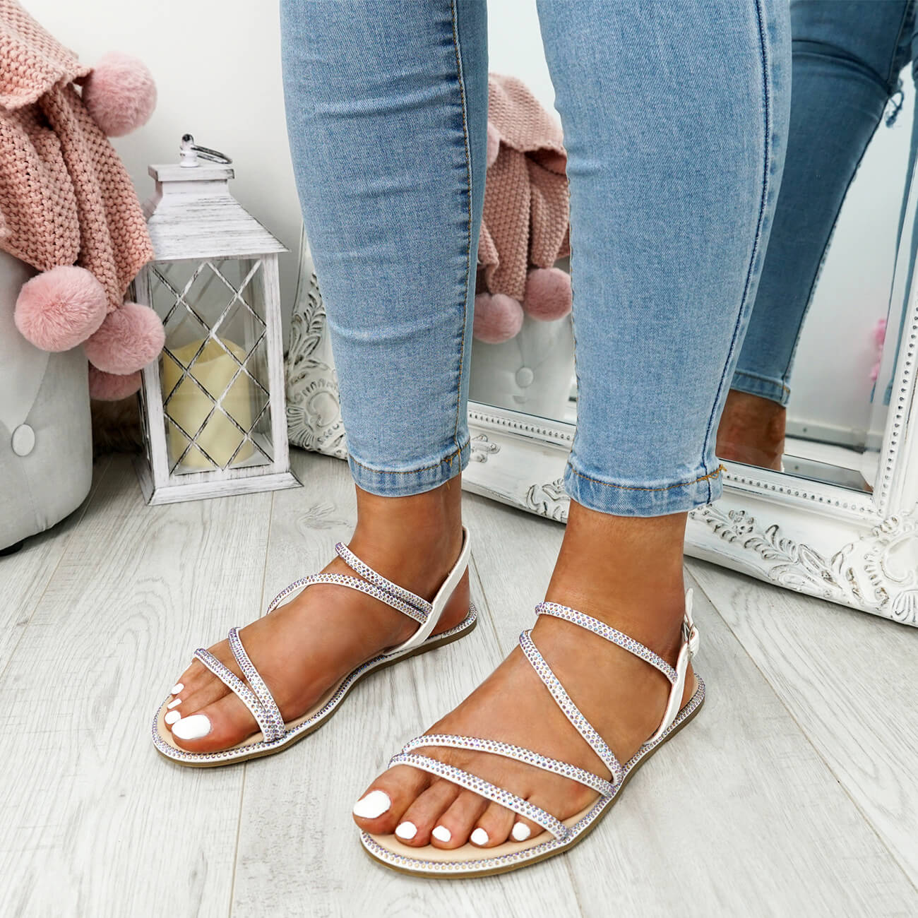 WOMENS-LADIES-STUDDED-ANKLE-STRAP-FLAT-SHOES-PARTY-CLUB-SANDALS-SHOES-SIZE-UK thumbnail 23