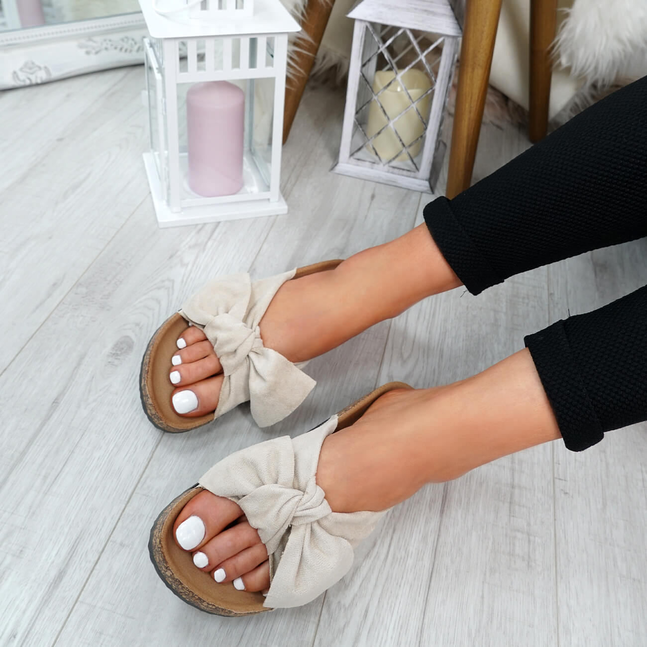 WOMENS-LADIES-SLIP-ON-FLAT-SANDALS-BOW-SLIDERS-SUMMER-CASUAL-SHOES-SIZE thumbnail 8