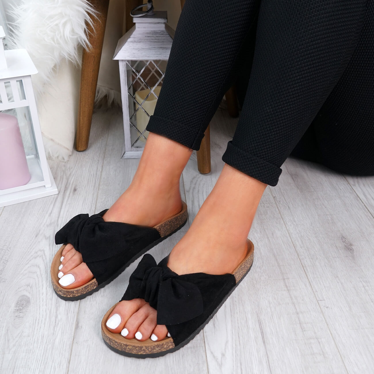 WOMENS-LADIES-SLIP-ON-FLAT-SANDALS-BOW-SLIDERS-SUMMER-CASUAL-SHOES-SIZE thumbnail 14