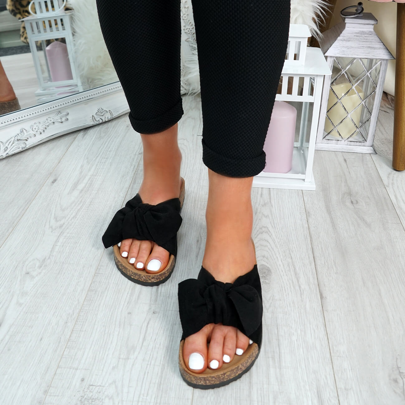WOMENS-LADIES-SLIP-ON-FLAT-SANDALS-BOW-SLIDERS-SUMMER-CASUAL-SHOES-SIZE thumbnail 15