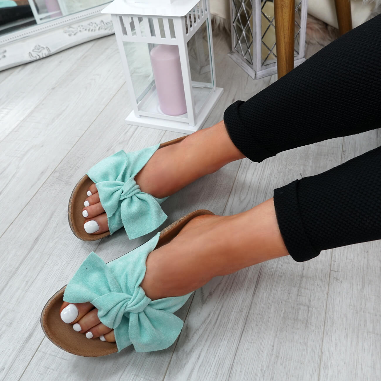 WOMENS-LADIES-SLIP-ON-FLAT-SANDALS-BOW-SLIDERS-SUMMER-CASUAL-SHOES-SIZE thumbnail 24