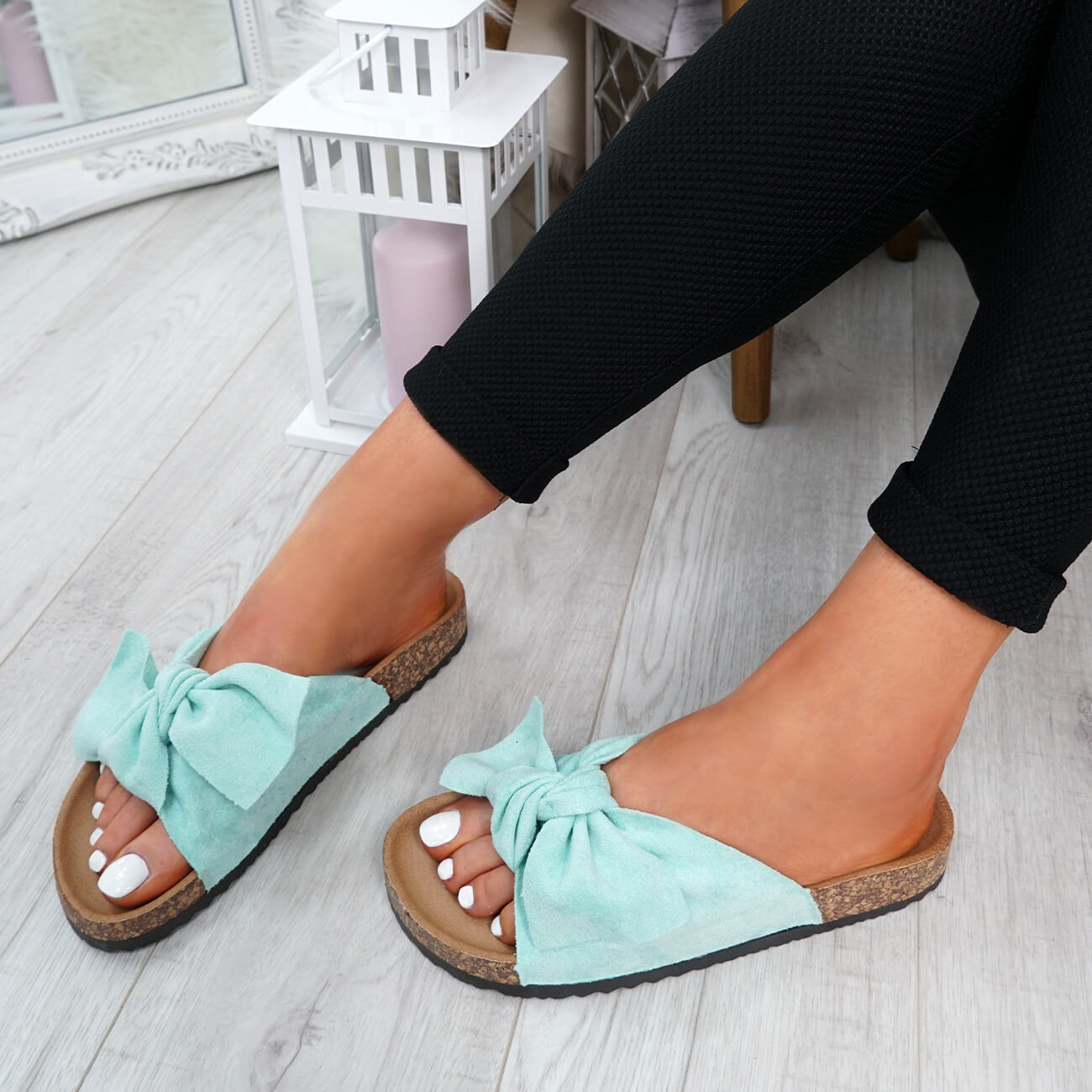 WOMENS-LADIES-SLIP-ON-FLAT-SANDALS-BOW-SLIDERS-SUMMER-CASUAL-SHOES-SIZE thumbnail 25