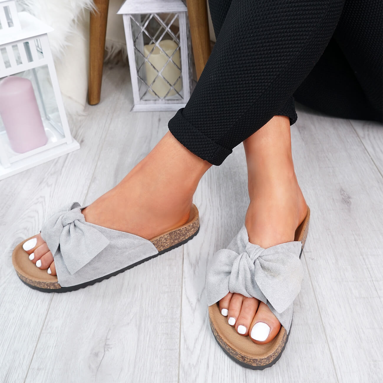 WOMENS-LADIES-SLIP-ON-FLAT-SANDALS-BOW-SLIDERS-SUMMER-CASUAL-SHOES-SIZE thumbnail 28