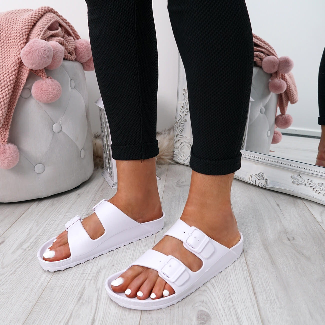 WOMENS-LADIES-SLIP-ON-DOUBLE-BUCKLE-FLAT-SANDALS-SUMMER-SHOES-SIZE-UK thumbnail 13
