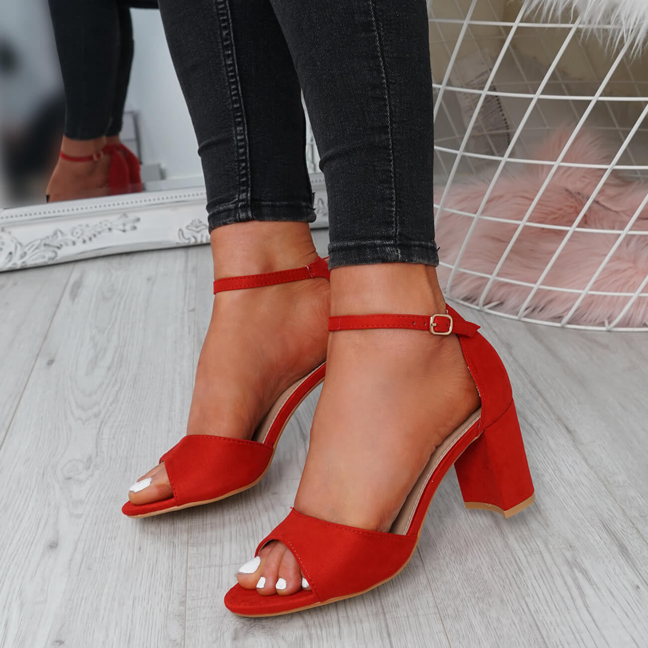 WOMENS-LADIES-ANKLE-STRAP-HIGH-BLOCK-HEEL-SANDALS-PEEP-TOE-PARTY-SHOES-SIZE thumbnail 25