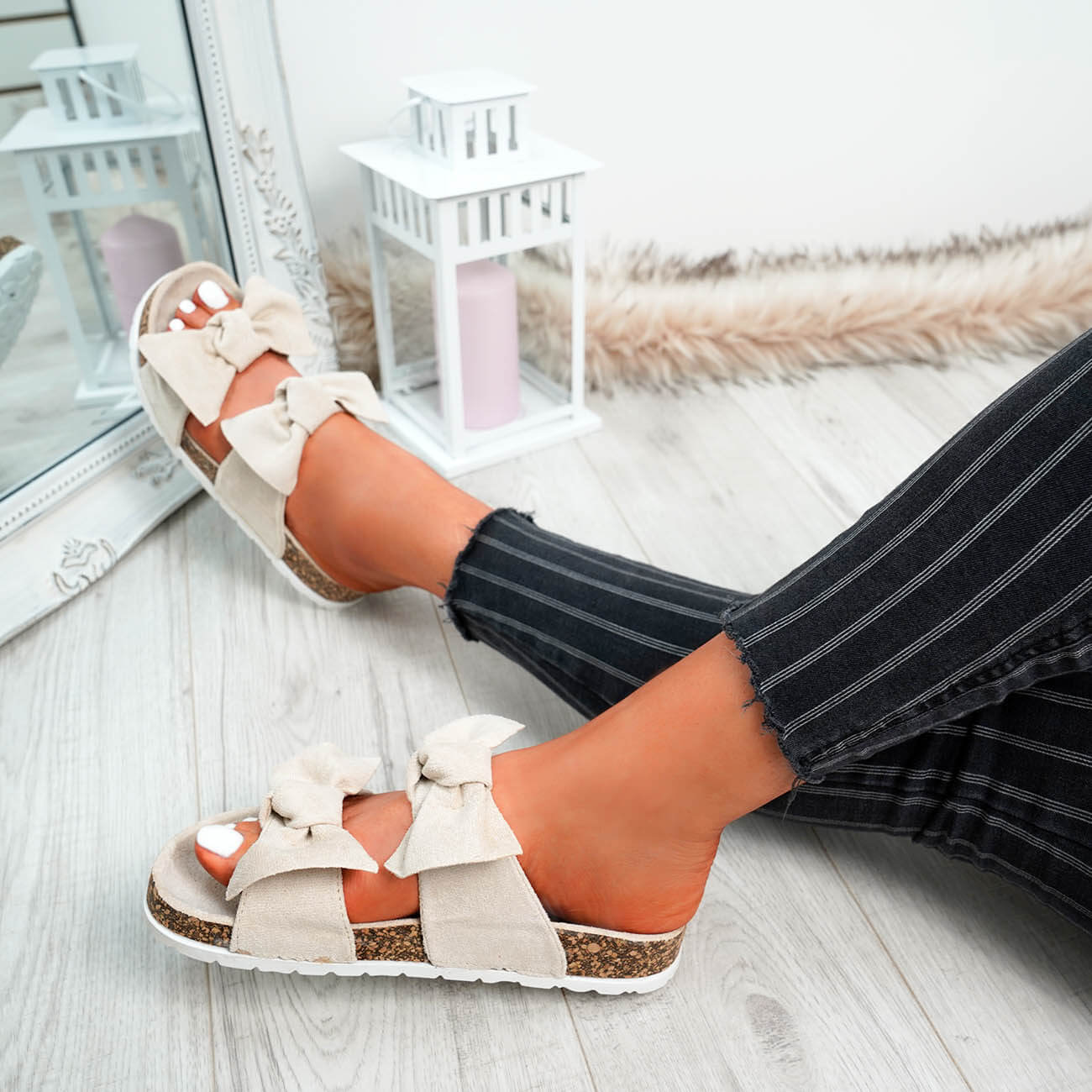 WOMENS-LADIES-PEEP-TOE-SLIP-ON-DOUBLE-BOW-FLAT-SANDALS-PARTY-CLUB-SUMMER-SHOES thumbnail 8