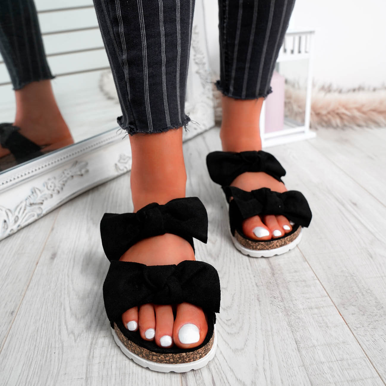 WOMENS-LADIES-PEEP-TOE-SLIP-ON-DOUBLE-BOW-FLAT-SANDALS-PARTY-CLUB-SUMMER-SHOES thumbnail 12
