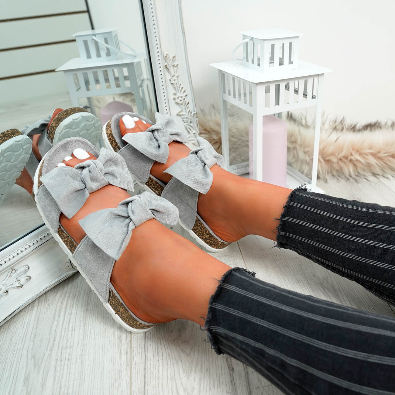 WOMENS-LADIES-PEEP-TOE-SLIP-ON-DOUBLE-BOW-FLAT-SANDALS-PARTY-CLUB-SUMMER-SHOES thumbnail 33