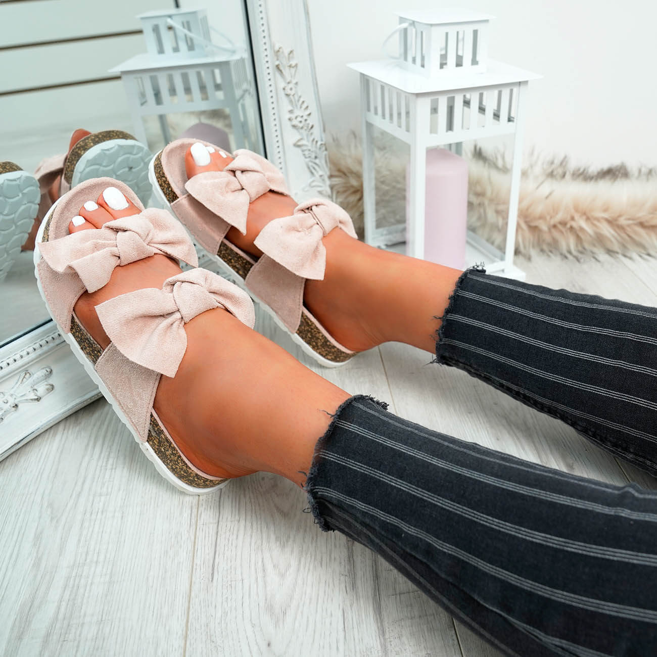 WOMENS-LADIES-PEEP-TOE-SLIP-ON-DOUBLE-BOW-FLAT-SANDALS-PARTY-CLUB-SUMMER-SHOES thumbnail 37