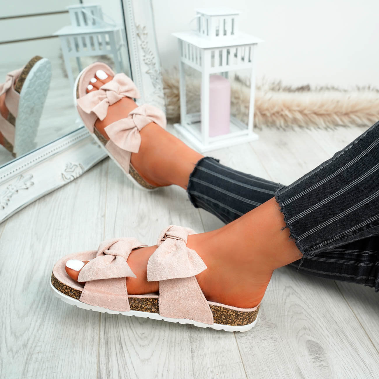 WOMENS-LADIES-PEEP-TOE-SLIP-ON-DOUBLE-BOW-FLAT-SANDALS-PARTY-CLUB-SUMMER-SHOES thumbnail 38