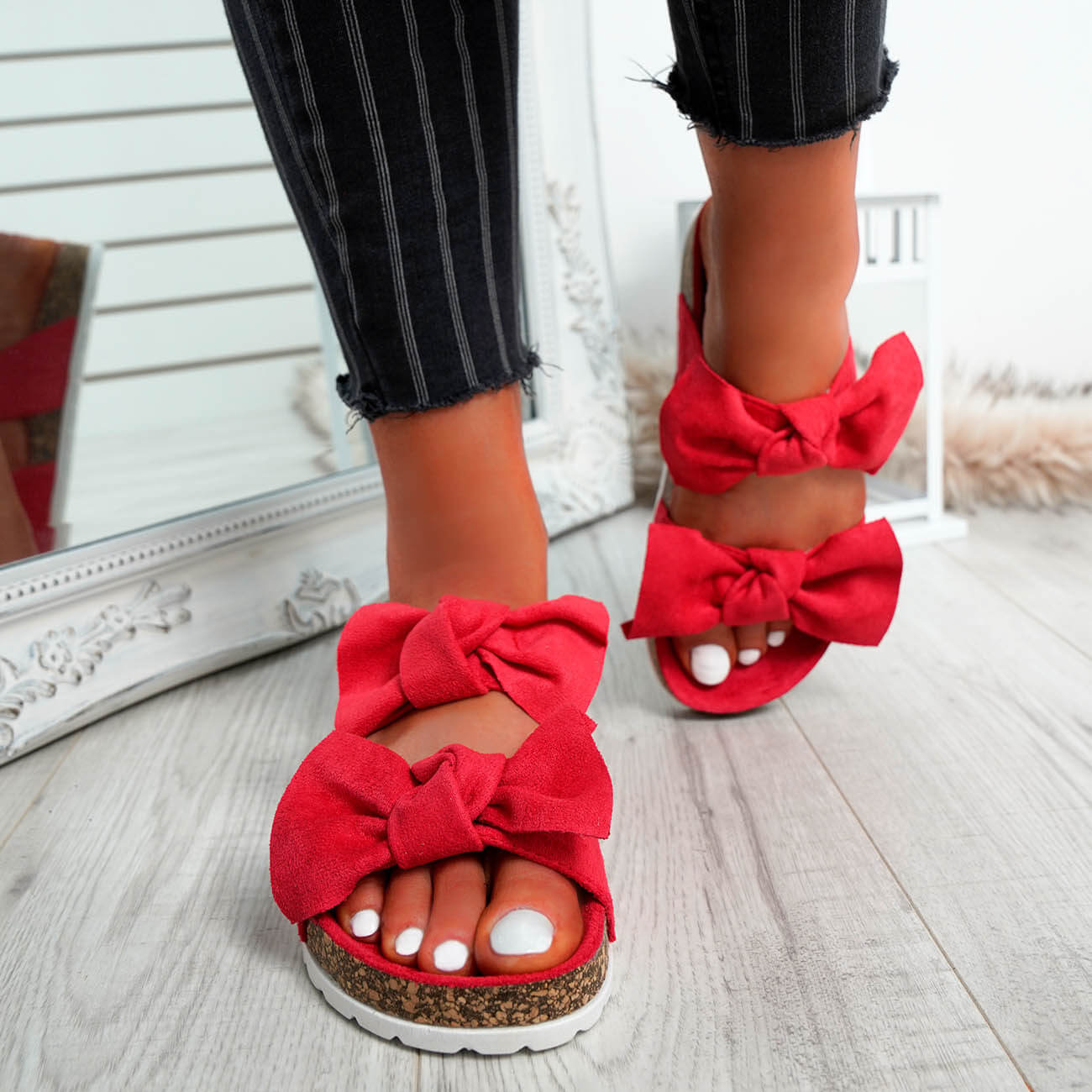 WOMENS-LADIES-PEEP-TOE-SLIP-ON-DOUBLE-BOW-FLAT-SANDALS-PARTY-CLUB-SUMMER-SHOES thumbnail 43