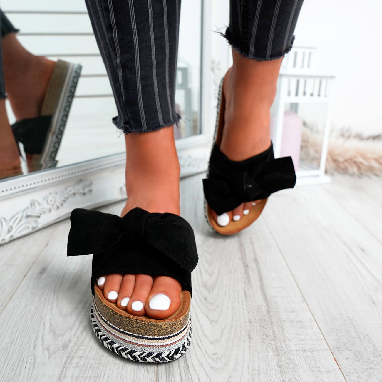 WOMENS-LADIES-BOW-SLIDERS-SLIP-ON-FLATFORMS-SUMMER-PARTY-SANDALS-SHOES-SIZE thumbnail 7