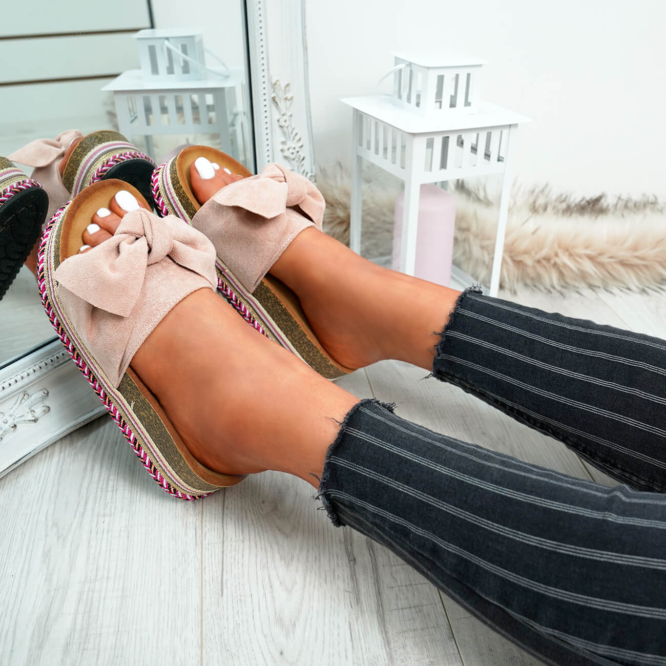 WOMENS-LADIES-BOW-SLIDERS-SLIP-ON-FLATFORMS-SUMMER-PARTY-SANDALS-SHOES-SIZE thumbnail 18