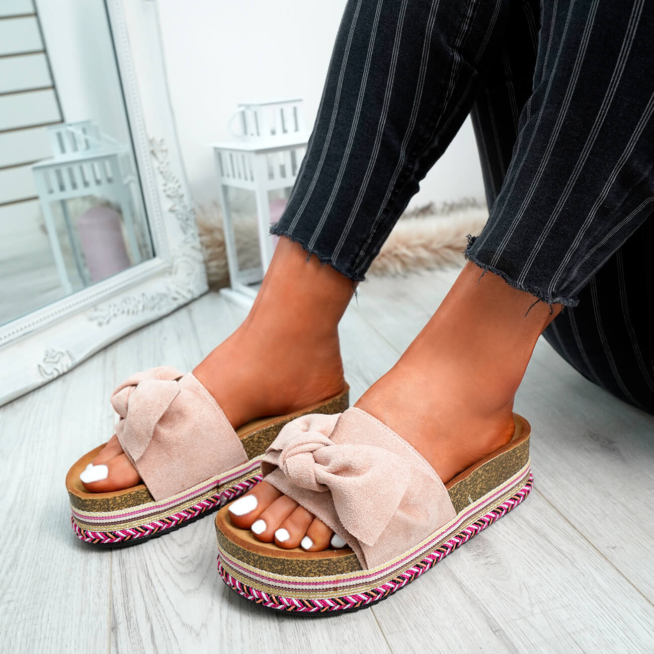 WOMENS-LADIES-BOW-SLIDERS-SLIP-ON-FLATFORMS-SUMMER-PARTY-SANDALS-SHOES-SIZE thumbnail 20